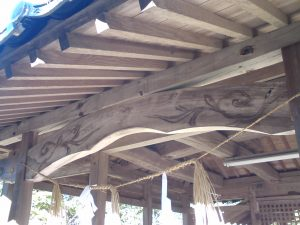 魔法神社、彫り物.jpg