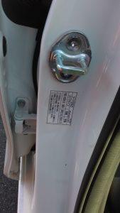 タイヤサイズと空気圧ラベル1