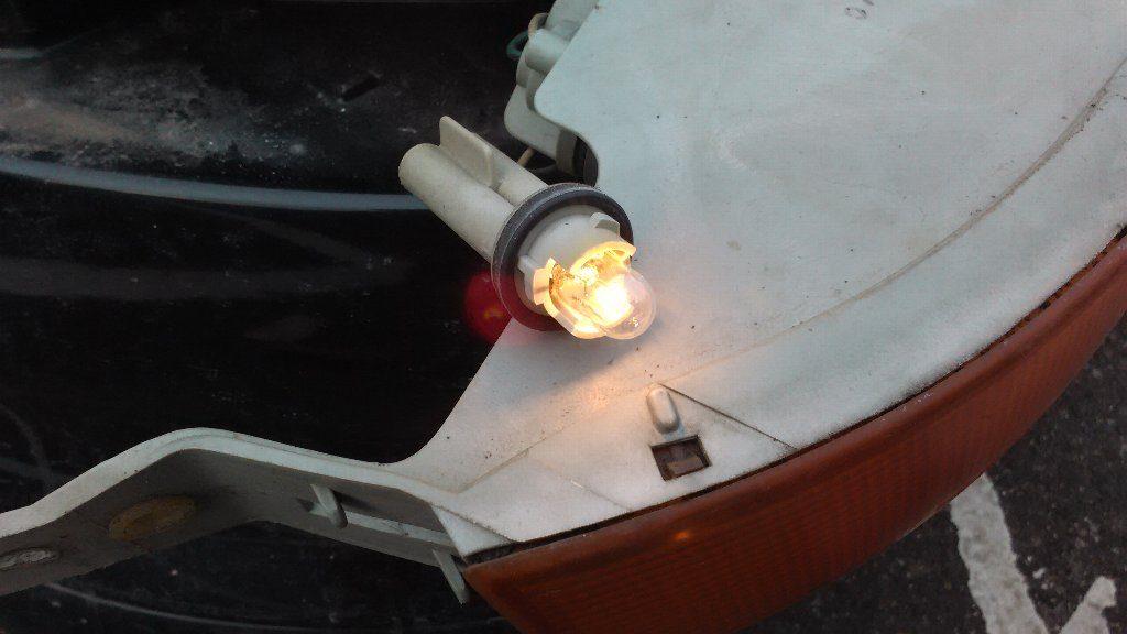 ポジション・ランプ。点灯確認