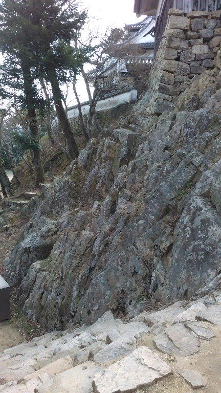 二重櫓。岩盤