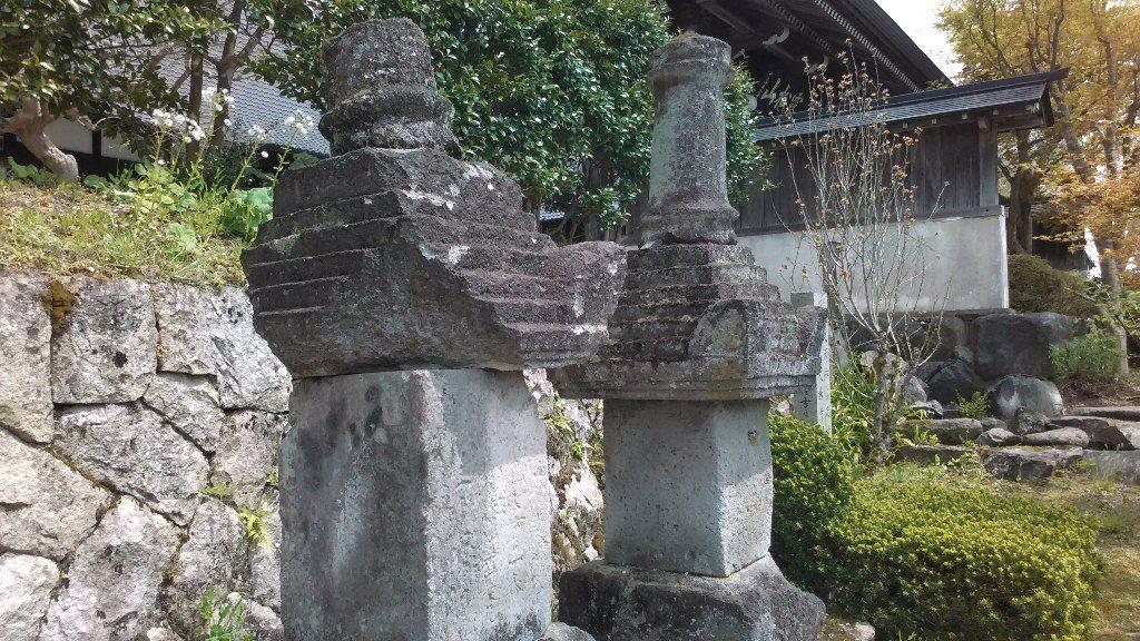妙典塚。供養塔2