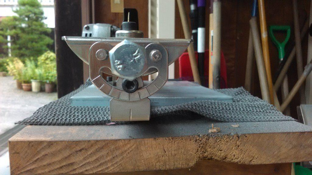 草刈り機の歯の研磨機