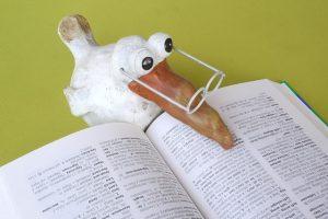 dictionary 辞書school-1661731_640