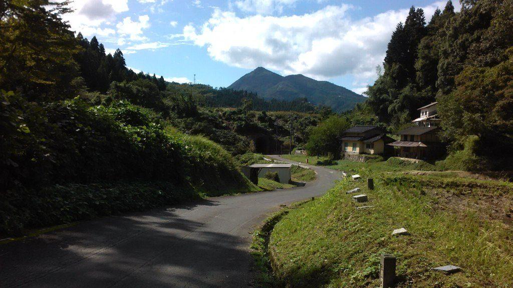 農道から櫃ヶ山2