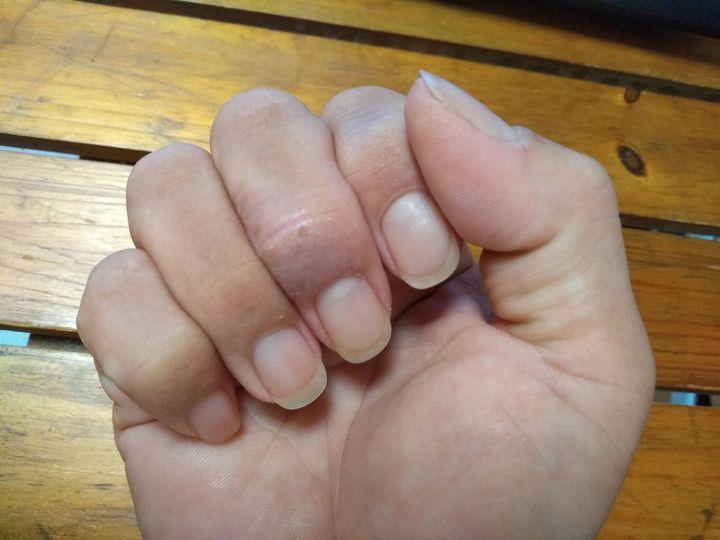 right hand 右手