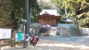 両山寺。バイク