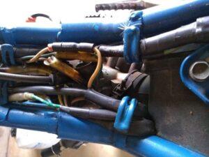 throttle wire スロットルワイヤと配線