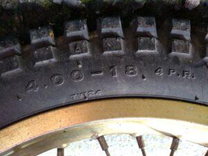 rear tire リアタイヤ4.00-18 4PR